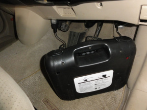 OBDコネクタ端子から電源供給します